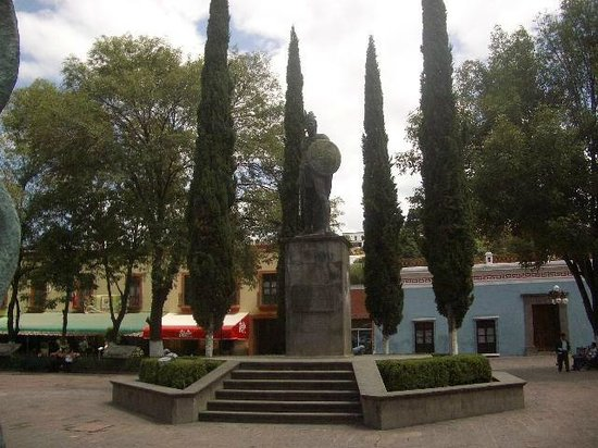 Basilica de Nuestra Senora de Ocotlan: Outside The Basilica