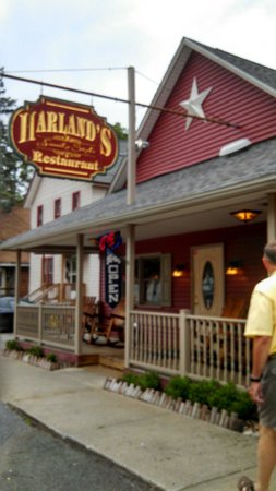 Harland's Family Style Restaurant: Great family restaurant