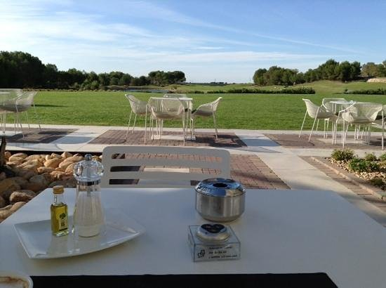 Las Colinas Golf & Country Club: Desayuno en Unik café