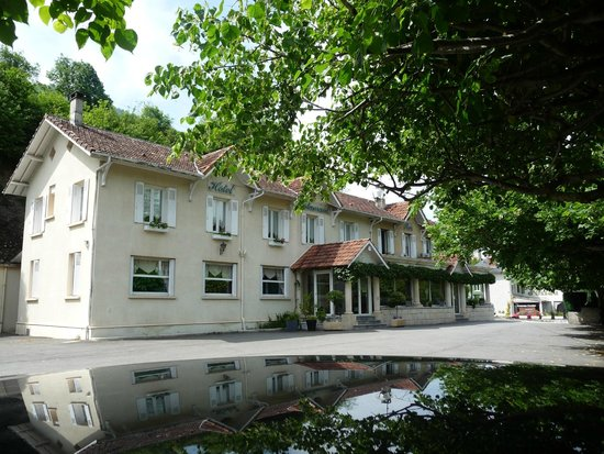 Hôtel Restaurant l'Ayguelade : Hotel,restaurant