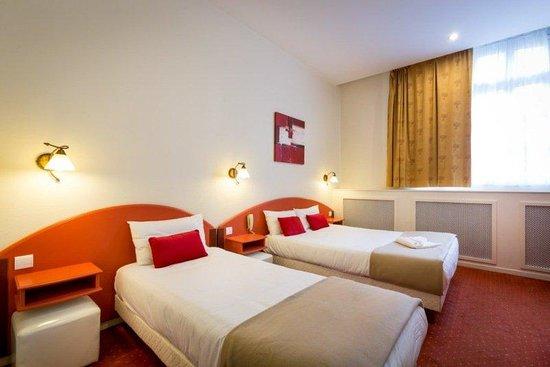 Grand Hôtel Raymond IV  : Room