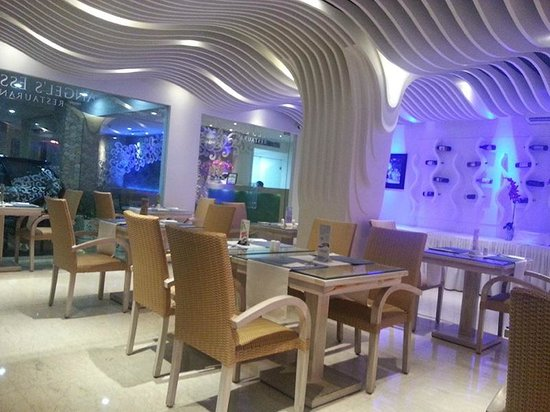 Angel's Essence Restaurant: Warm and friendly services