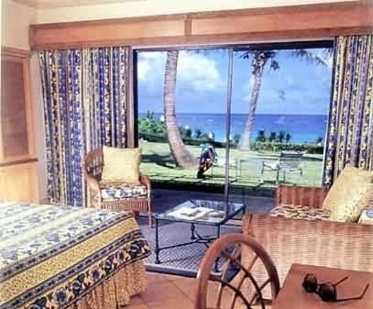 Coco Reef Resort Bermuda: Guest Room