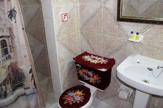 Hostal Amatista : Baño