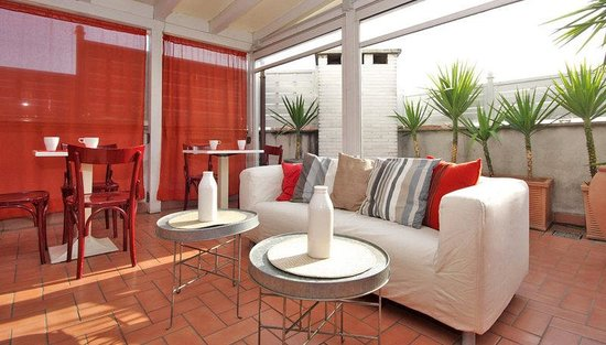 City Guest House: Interior