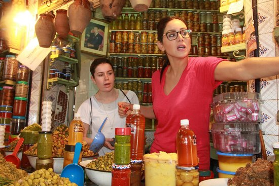 Les Ateliers Lalla Fatima: Shopping for ingredients1