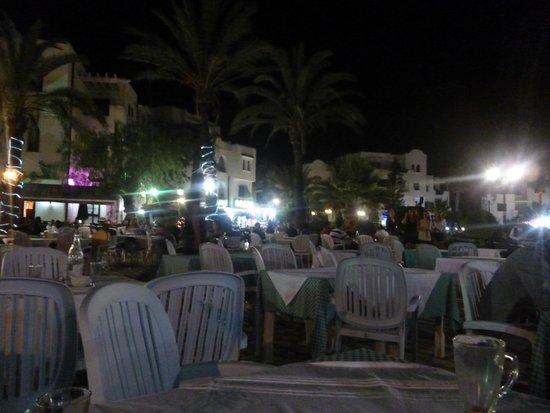 Tej Marhaba Hotel: Port El Kantoui - Bar / Restaurant Area