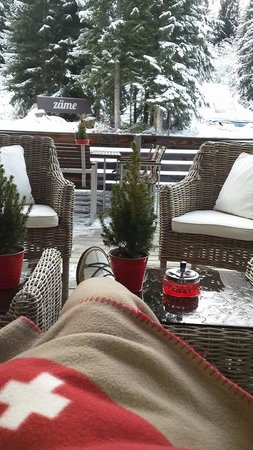 Saanewald Lodge: Outside Lunch or Coffee Deck