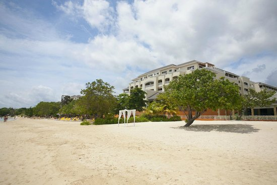 Iberostar Rose Hall Beach Hotel: Plaża