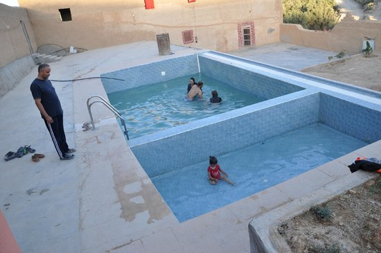 Berber Cultural Center: Enjoying the pool