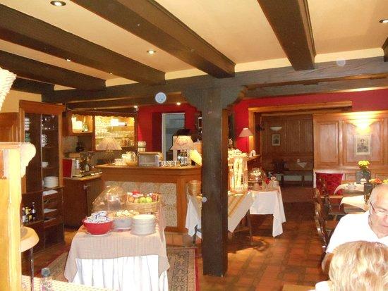 Suisse Hotel: Buffet café da manhã