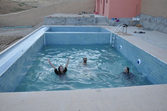 Berber Cultural Center: Swimming