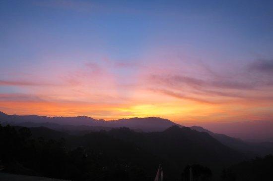Ella Gap Panorama : Lever du soleil depuis le balcon de la chambre