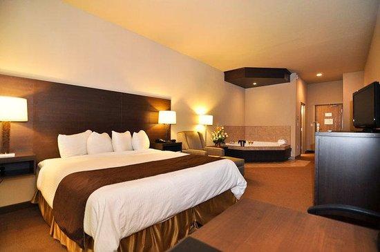 Best Western Plus Saint John Hotel & Suites: Whirlpool Room
