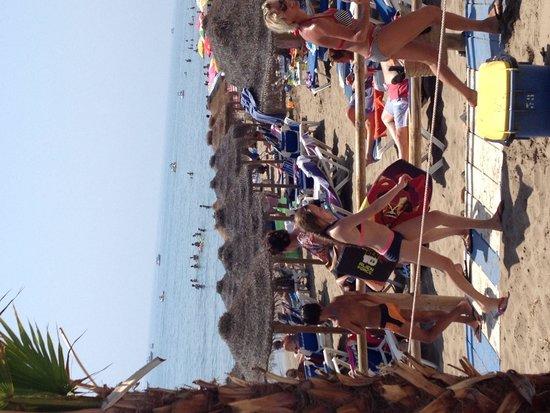 Restaurante Chiringuito Carlos y Paula: Buen día de playa
