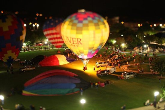 Holiday Inn Express & Suites Chattanooga Downtown: River Rocks Festival