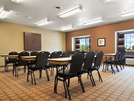 Microtel Inn & Suites by Wyndham Manchester: Meeting Room