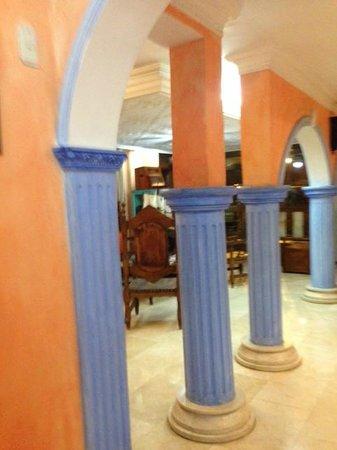 Hotel San Pietro: Entrada