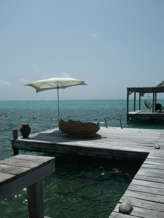 Matachica Beach Resort: Pier Sunbeds