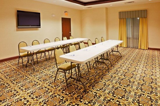 Holiday Inn Express Hotel & Suites Oklahoma City West-Yukon: Meeting Room