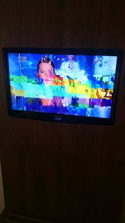 Campanile Krakow: Telewizor w pokoju jest działa jak widać