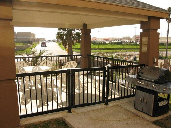 Candlewood Suites Galveston: Guest Patio