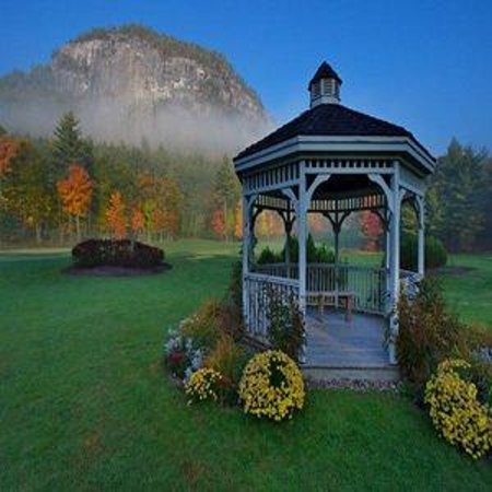 fall gazebo picture of white mountain hotel and resort. Black Bedroom Furniture Sets. Home Design Ideas