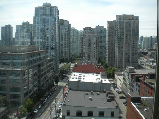 Hampton Inn & Suites Downtown Vancouver: view from room