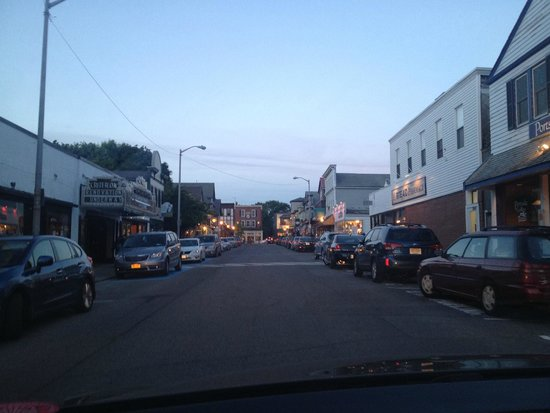 Asticou Inn: Bar Harbor at dusk, about 15 minutes from the Asticou