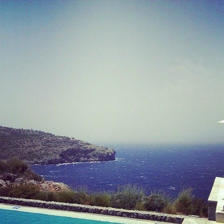 Jumeirah Port Soller Hotel & Spa: View from the infinity pool