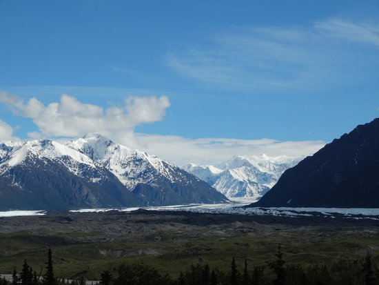 Long Rifle Lodge: Great views to go with your brunch or dinner.