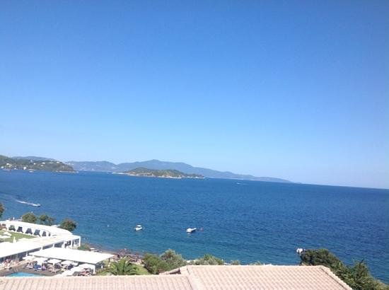 Kassandra Bay Resort & SPA: Utsikt fra hotellrom:-)