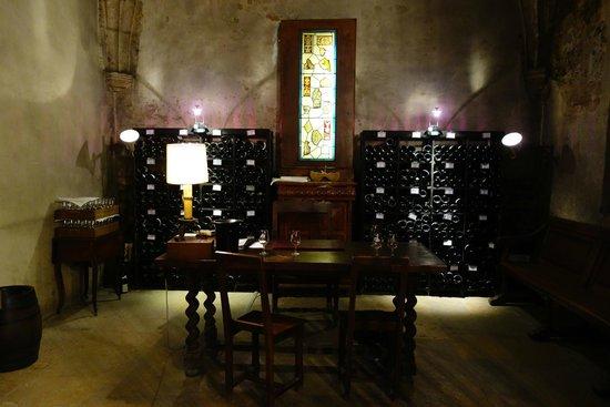 Marché aux vins : Tasting Room