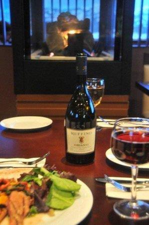 SKKY Hotel: Volare Restaurant