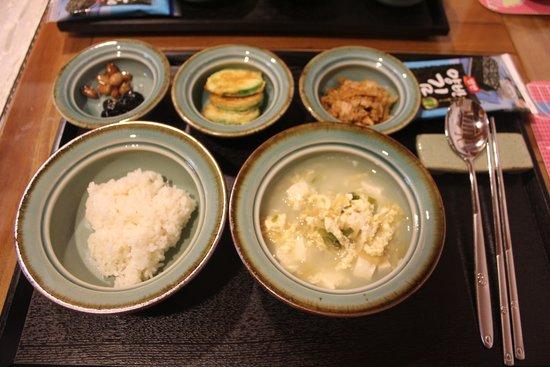Bukchon Guest House: Day 2 breakfast