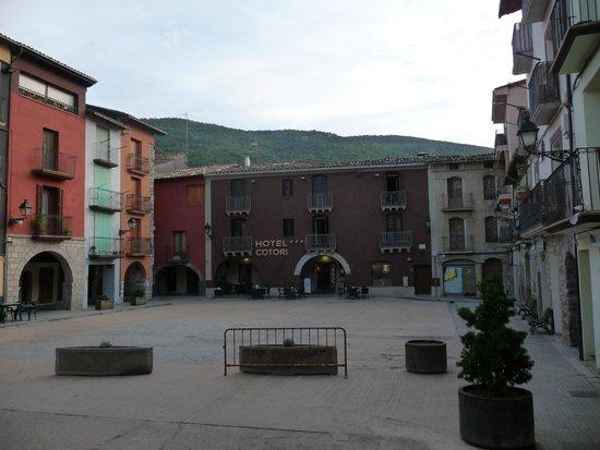 Hotel Cotori: plein voor het hotel