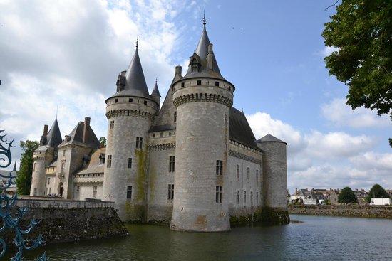 Château de Sully-sur-Loire : Le château