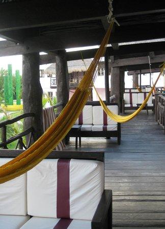 PavoReal Beach Resort Tulum: Terrasse de la chambre