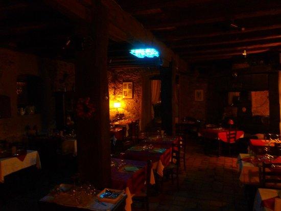 Au Turenne le Caveau: Gastraum