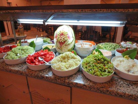 Omar Khayam Club : buffet