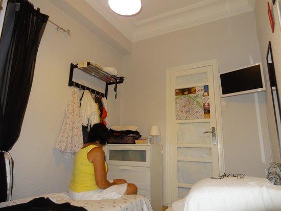 La Reina Bed & Breakfast: kleine kamer