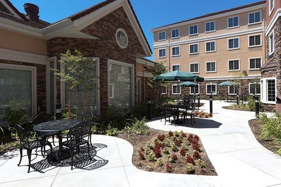Staybridge Suites Rocklin - Roseville Area: The outdoor patio area is a great place to enjoy the whether while staying in Rocklin, CA.