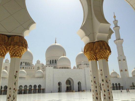 Mezquita Sheikh Zayed: 眩しい!