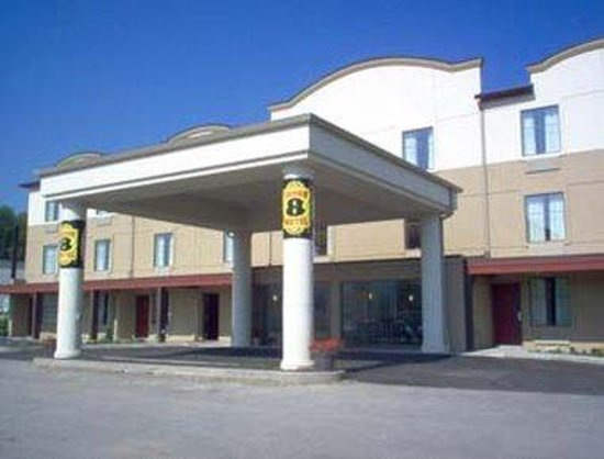 Welcome to Super 8 Beaver Falls