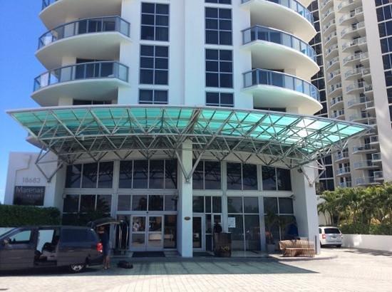 Marenas Beach Resort: frente del hotel