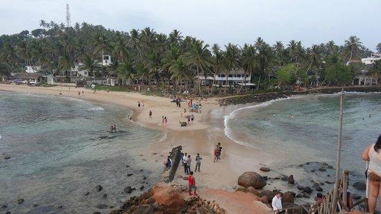 Paradise Beach Club: Le promontoire, à droite pas de vagues
