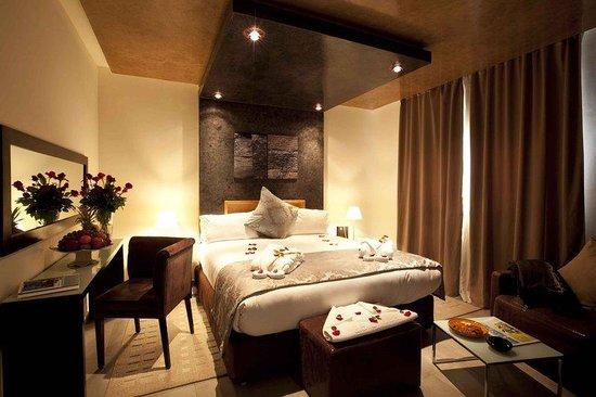 Dellarosa hotel suites & spa: Room