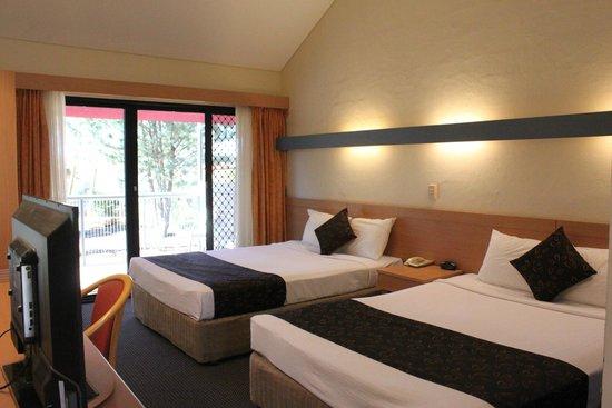 Kings Canyon Resort: Queen room