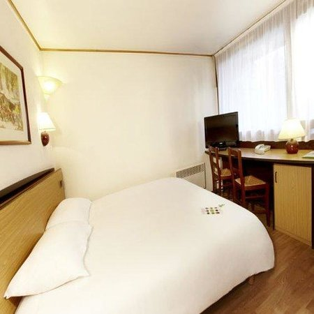 Campanile Rodez: Double room