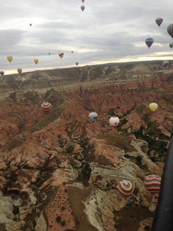 Pumpkin Goreme Restaurant and Art Gallery: Up in the sky with a baloon